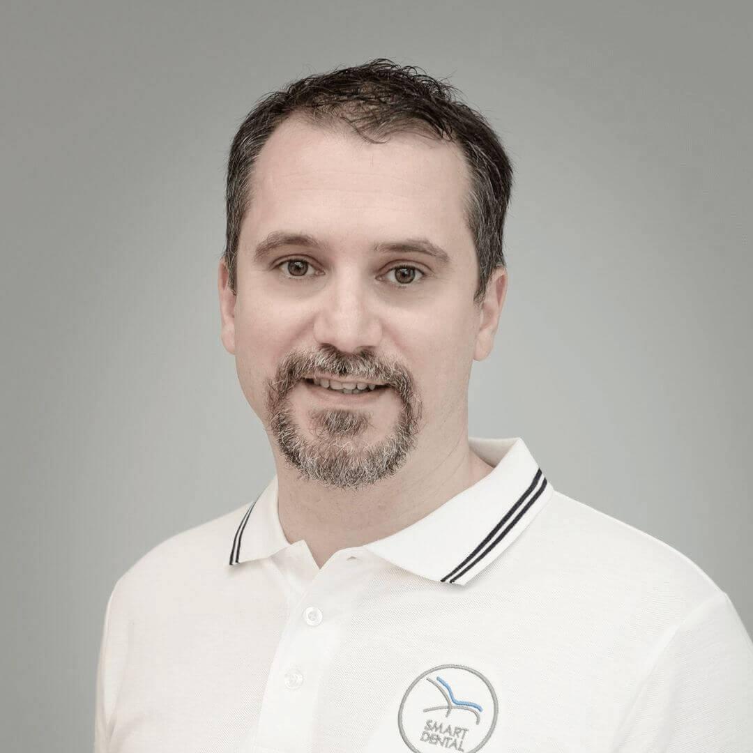 dr Bogdan Culic @ Smart Dental clinic Cluj-Napoca